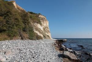 Strand und Kreidefelsen an der Veilchentreppe - Nordspitze von Rügen