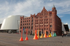 Stralsund - Oceanographic Museum, OZEANEUM hugging three historic warehouses of the harbour