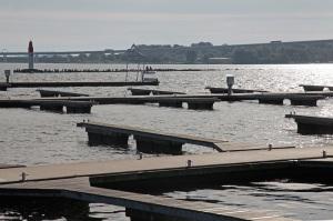Hafen von Stralsund mit Rügenbrücke