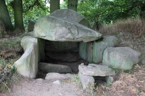 Neolithisches Megalithgrab bei Lancken-Granitz - Insel Rügen