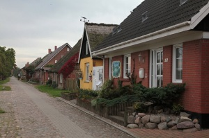 Hauptstraße in Neureddevitz - Insel Rügen