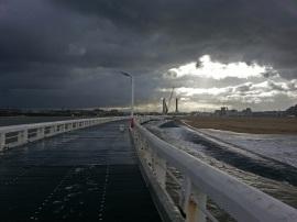 Oostende Ende Oktober bei Regen vom Pier aus