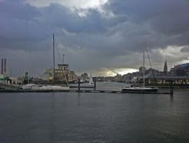 Hafen von Oostende Ende Oktober bei Regen