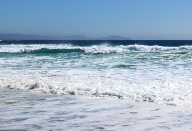Waves at Coumeenoole Beach, Dingle Peninsula, Ireland