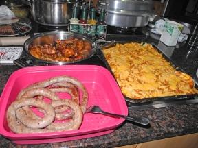 Boerewors, Drumsticks and Noodle Bake