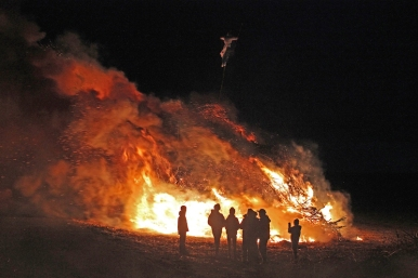 Funkenfeuer 2017 - Bonfire in Mettenberg (Biberach), Germany