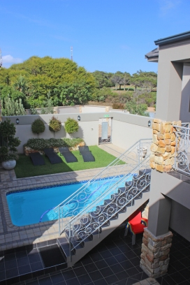 Stone Olive Guesthouse - Jeffreys Bay - South Africa