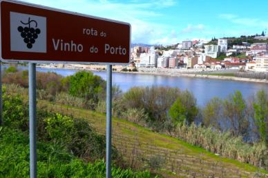 Wine Route Varais, Viseu, looking over the Douro River towards Juncal de Cima, Vila Real