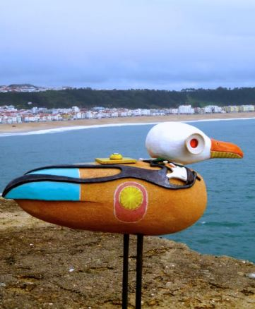 bird sculpture, seagull art, artwork, Farol da Nazare, Lighthouse of Nazare, Nazare, Silver Coast, Portugal